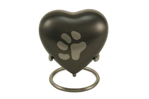Keepsake Heart - Odyssey Large Single Paw Image